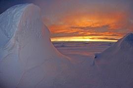 arctic-ocean-79833__180