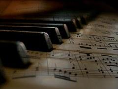 music-279333__180