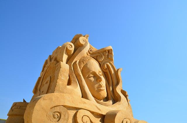 sculpture-186733_640