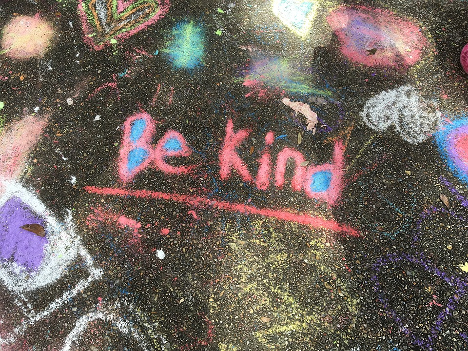 kindness-1197351_960_720