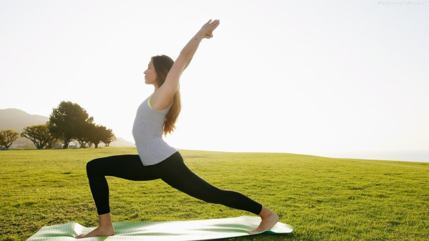 Full-HD-1080p-Yoga-Girls-Wallpapers