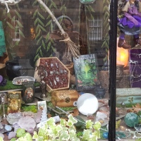 The Wyrd Shop #Edinburgh #crystals #writing inspiration #mindfulness #walkingmeditation